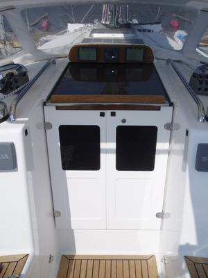 Companionway_windows_01